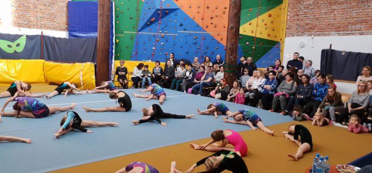 Karnawałowe zawody akrobatyki sportowej – RELACJA