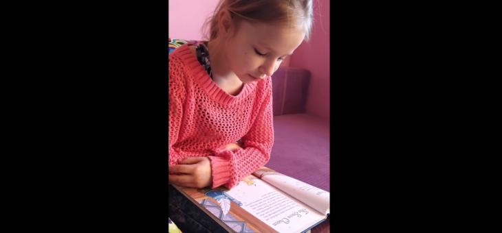"""""""Królowa Śniegu"""" po angielsku to dla niej pestka – Rita #edukacja #angielski #czytanie #bajka"""